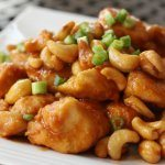 Easy Crock Pot Cashew Chicken