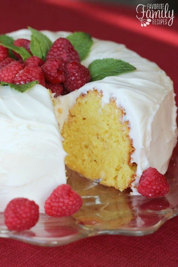 Nothing Bundt Cake's Lemon Cake