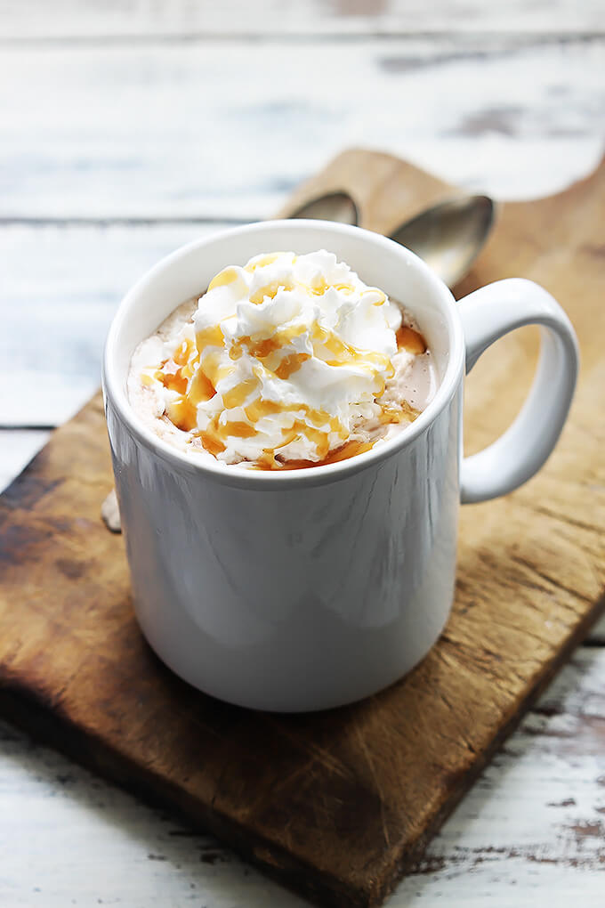 slow-cooker-salted-caramel-hot-chocolate-5