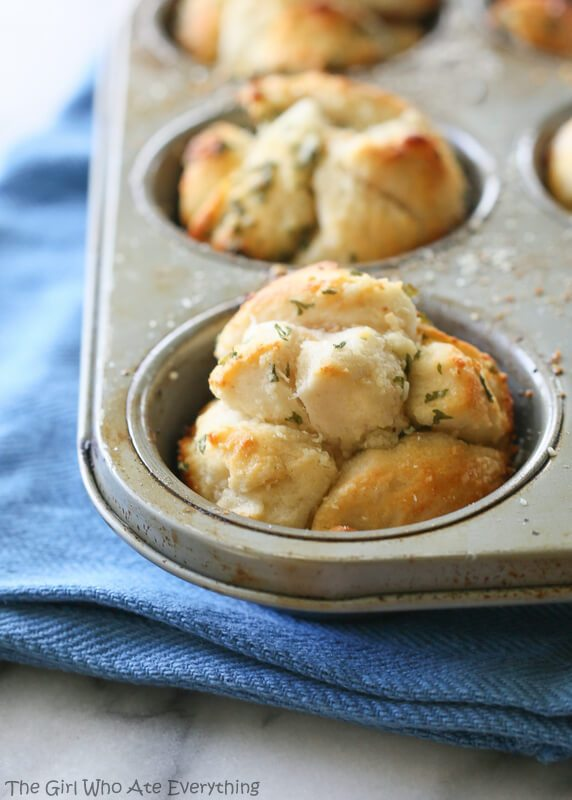garlic-monkey-bread-005