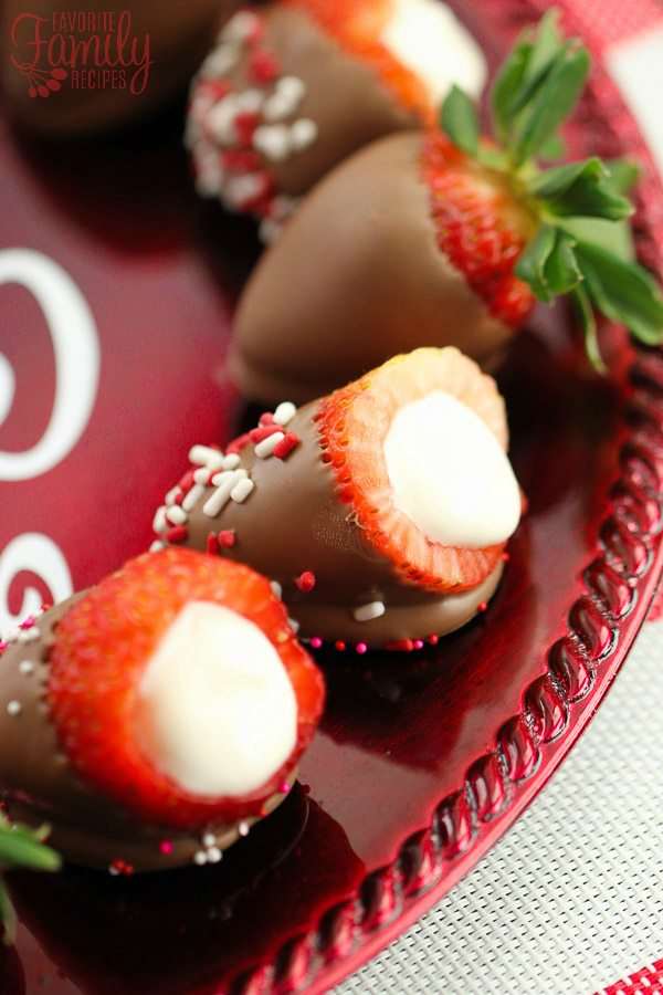 Cheesecake Stuffed Chocolate Dipped Strawberries Recipe