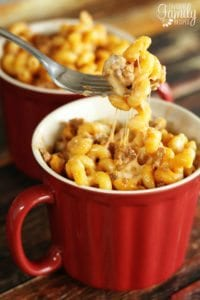 Pasta noodles with ground beef and cheese