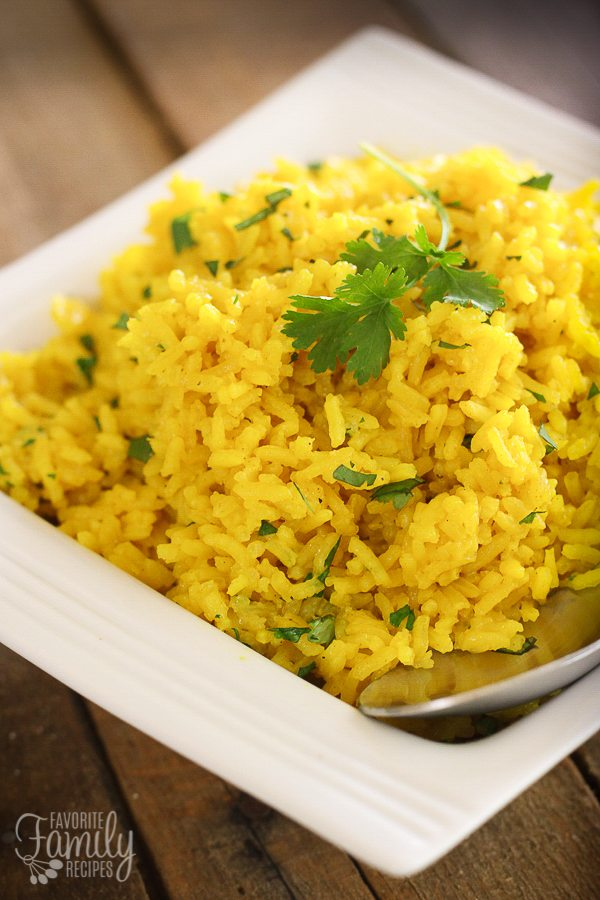 Super easy yellow rice favorite family recipes super easy yellow rice forumfinder
