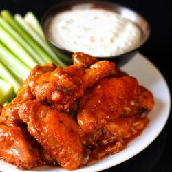 Slow Cooker BBQ Hot Wings with Blue Cheese Dip