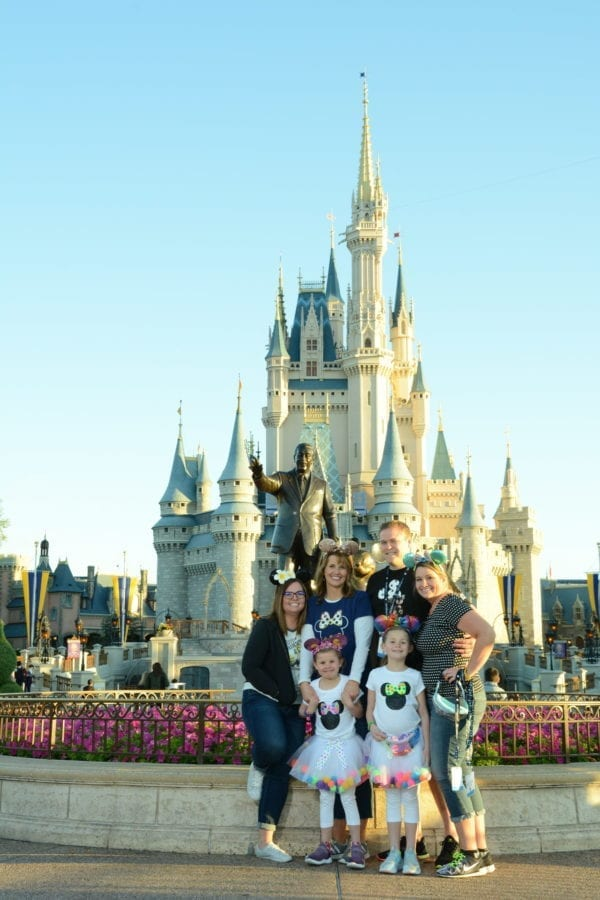 Emily, Echo, Erica, Jared, Andie, Gracie in front of Cinderella's castle at Walt Disney World