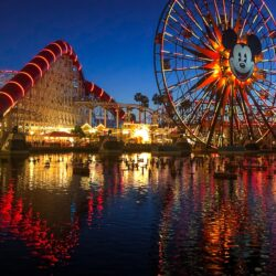 Micky Ferris Wheel in California Adventure at night